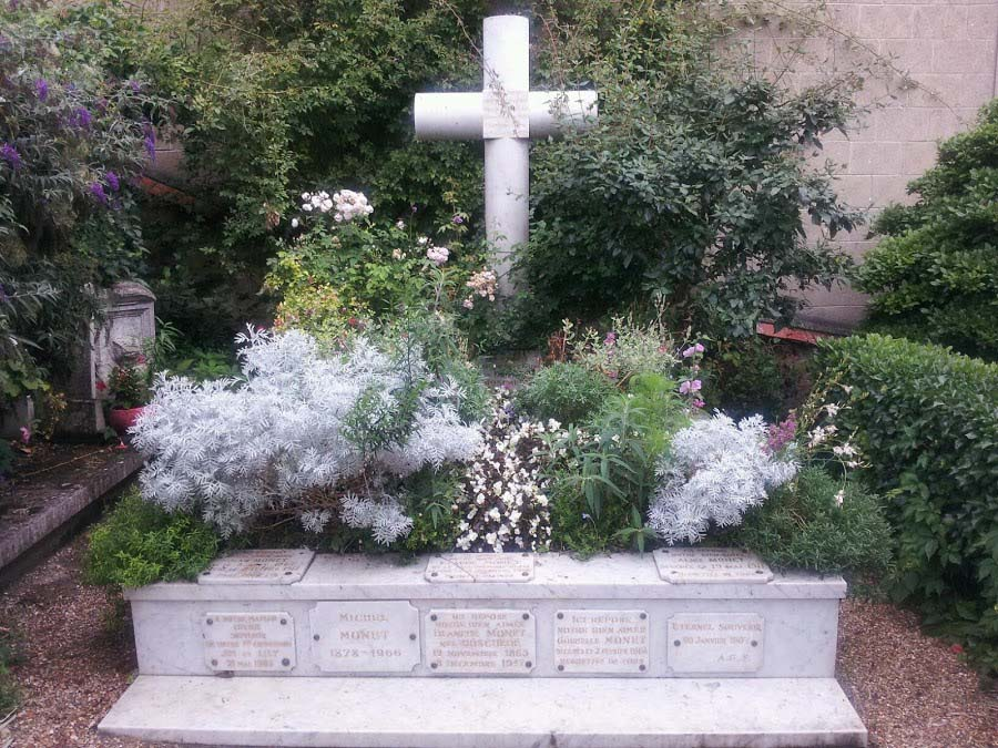 Monet family grave