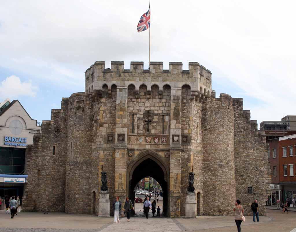 Southampton (England)