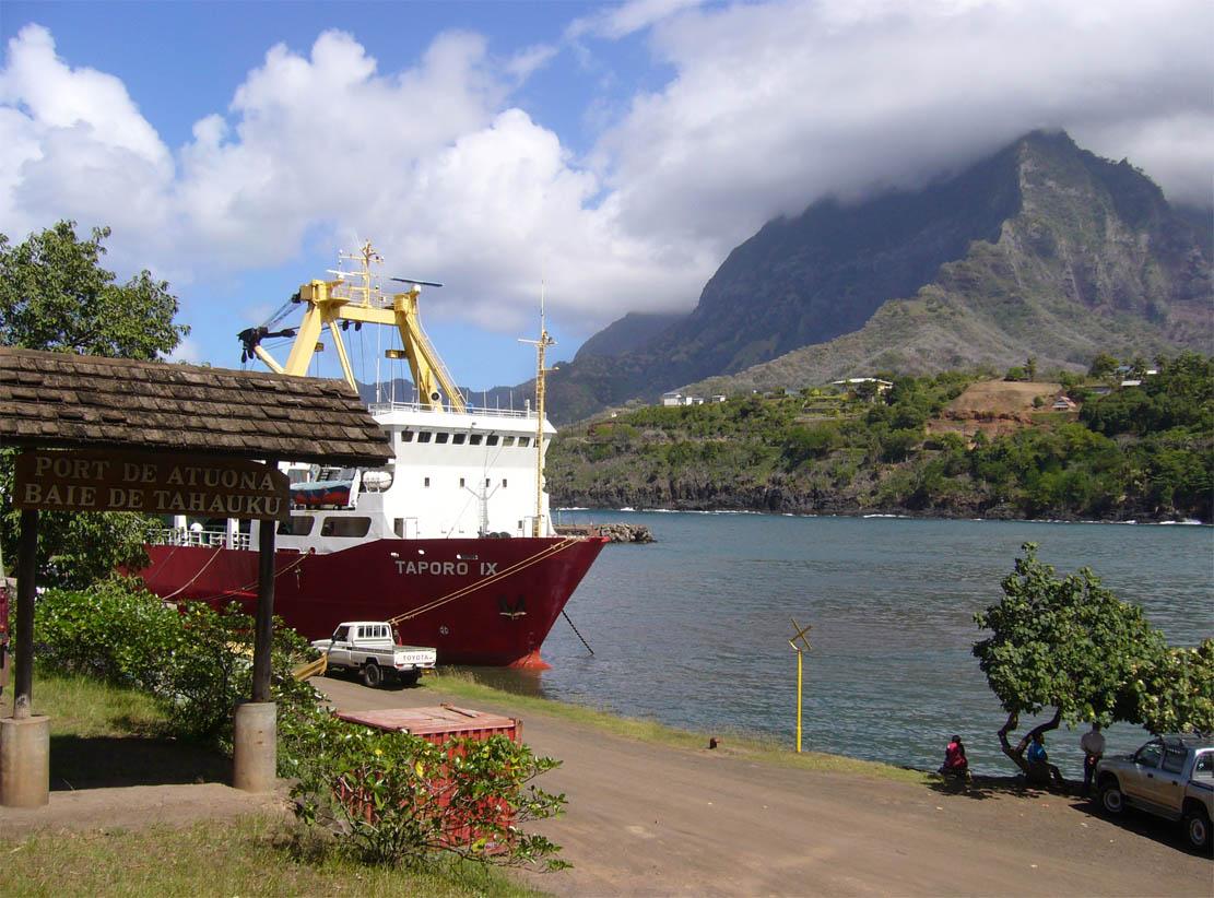 Atuona, Hiva Oa (French Polynesia)