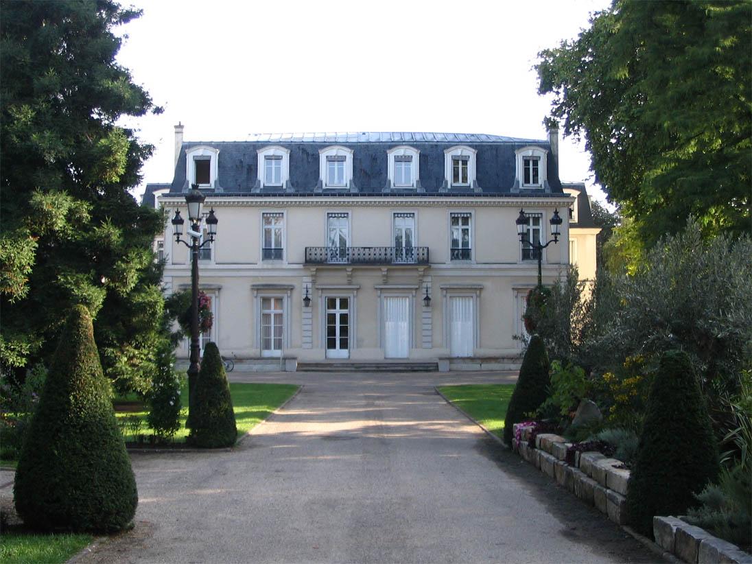 Garches (France)