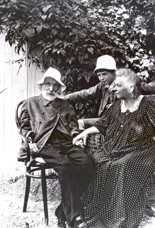 Renoir, Aline, and Coco, 1912