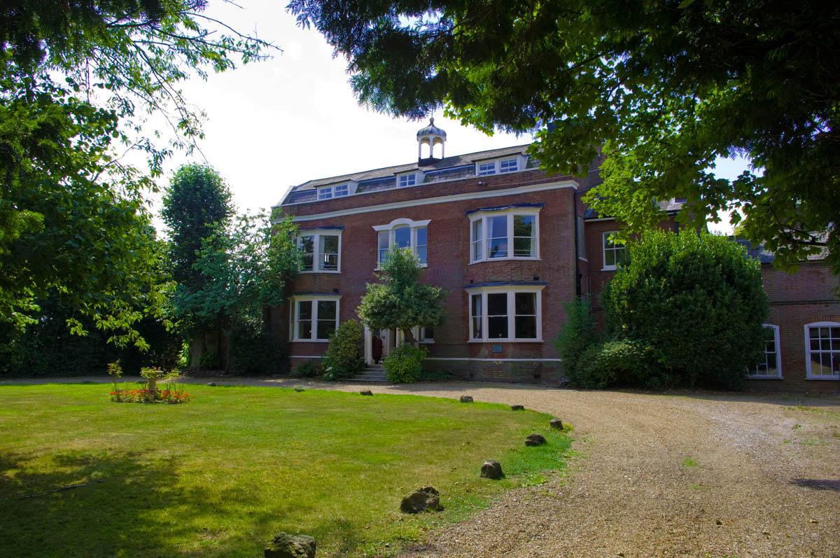 Gads Hill Place, Higham (England)