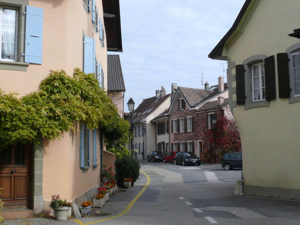 Tolochenaz (Switzerland)